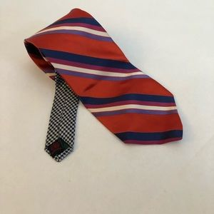 Tommy Hilfiger contrasting pattern tie